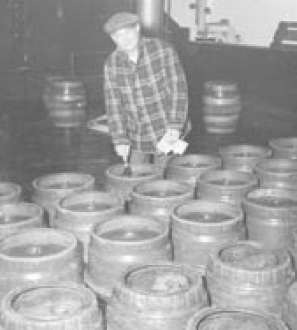 Inspecting stainless barrels;